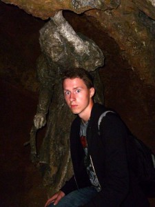 2013_old-mother-shiptons-cave-sven